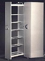cd schrank gesucht geschlossen und kapazit t 1000 cds. Black Bedroom Furniture Sets. Home Design Ideas